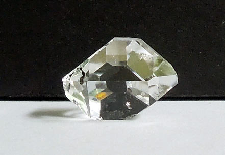 A raw, water clear Herkimer Diamond.