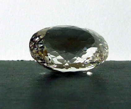 Fron view of oval cut crystal.