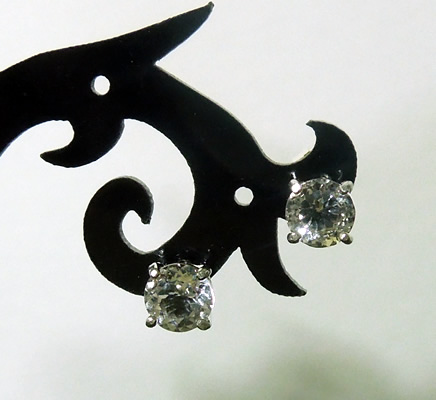 6x6 mm round cut Herkimer crystal ear studs.