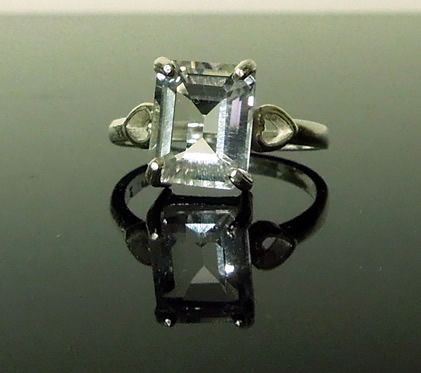 Front view of 10x8 mm emerald cut diamond.
