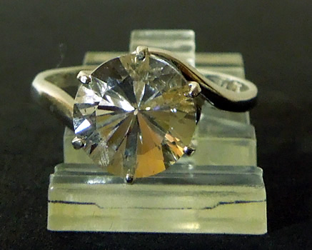 Front view of crystal ring.