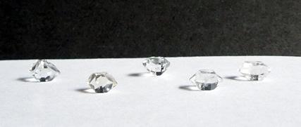 Diamonds with excellent clarity