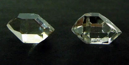 Image shows sharp double termination points.